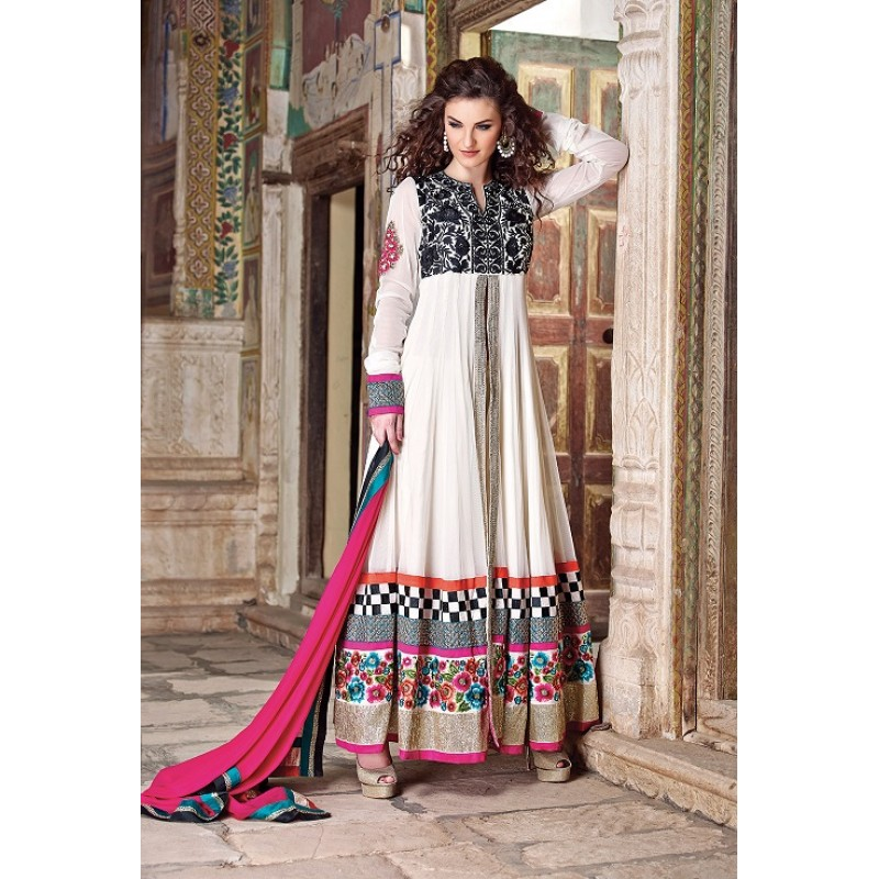 Beautiful-Designer-Sarees-Latest-Style-Embroidered-and-Handwork ...